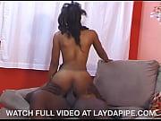 Pleasure Bunny & Byron Long - LaydaPipe.com