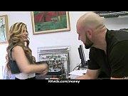 Блондинка Маша просто обожает петтинг в своей жизни, даже больше чем секс