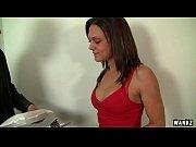 Порно видео госпожа доминирует над молодым рабом