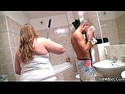 Порно видео девушка срет и рыгает и сытся