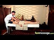 Секс массаж с красивой киской засыживаюший в заде на русском языке