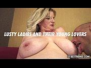Порно видео мать трахает с дочкой
