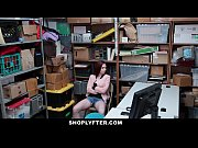 Shoplyfter - Teen Strip...