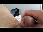 Видео как тёлка засунула себе кабачок