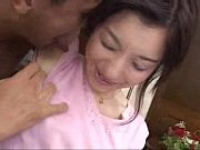 素人人妻はクンニ好き、その後手マンで潮吹きドピュ~❢