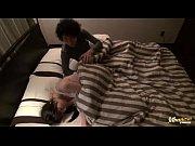 Женщина дрочит мужчине домашнее видео онлайн