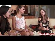 Русские девушки раздеваются и говорят это пися а это попа