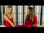 Порно видео тройняшками лесбиянками