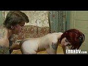Видео девушки з огровной грудью каторие раздеваються штобы можна была пасматреть