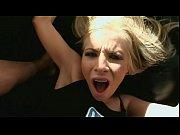 Видео девушка трахается со змеей