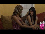 Обнаженные в комнате порно видео онлайн