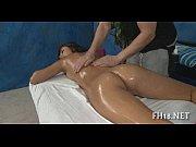 порно подсмотрел за сестрой в ванне русское