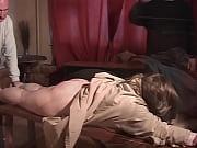 Дочь дрочила когда ее мать вошла порно
