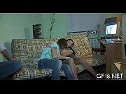Сын трахает молодую маму онлайн