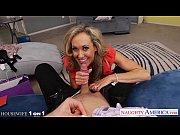 Hottie housewife Brandi Love slurp cock in POV ...