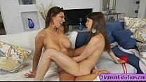Riley Reid and Mindi Mink amazing lesbian sex o...