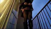 Порно ролики что у цыганок под юбкой