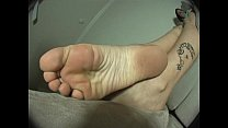 desiree4-couch-barefoot