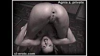 Порно юному пидару рвут жопу огромными членами