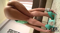 hot blonde kelly white sinks a finger in her ready sphincter