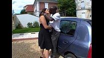 baisee direct sur le capot de la voiture french video