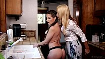 Mom And Mommy - Cassidy Klein, Jelena Jensen, S...