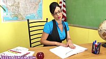 Sexy Professor Jelena Jensen Teaches a Lesson!