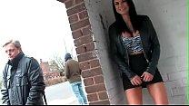 Jasmine Jae pissing in public