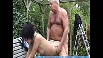 chick young hot a banging is senior gray old - Youporn