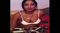 bangladeshi bhabhi taking her bra off