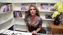 Смотреть видео грудастая красавица жена с мужем