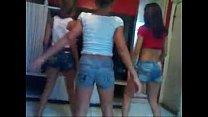 eu e minhas amigas dançando bonde das maravilhas  eu adoro eu me amarro k
