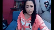 Colombian big ass teen shows her pussy and spre...
