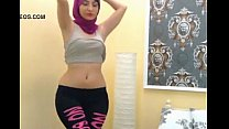 arab girl shaking ass on cam  -sign up to nudec… -vpkat.com