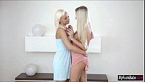 Blonde babes Naomi Nevena and Cayla Lyons eat e...