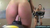 Секретарша мастурбирует в офисе видео онлайн