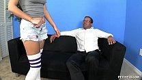 Порно видео с большим членам презервативе