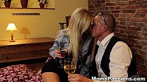Moms Passions - Great xvideos way to youporn please a redtube mommy teen-porn