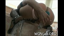 Порно видео старшая сестра мустурбирует