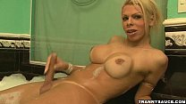 cock hard her on tugging vixen tranny blonde Sexy