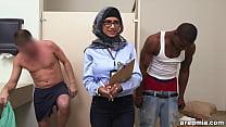 Mia Khalifa the Arab Pornstar Measures White Cock VS Black Cock (mk13768)