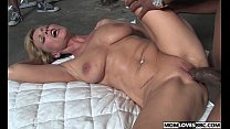 moore nicole mom horny for Bbc