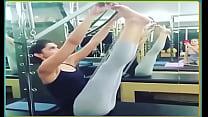 ... leggings skimpy in exercising padukone Deepika