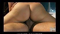 Лезбиянки видео сбольшими сиськами