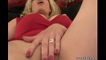 mia milf us for Squirt