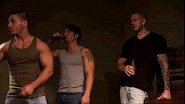 Vídeo gay   Marc Dylan recibe por todos sus agu...