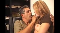 Видео двесексуальной девушки иодин мужщина