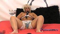 masturbates blonde chubby - Shebang.tv
