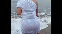 marcada tanga rica su con playa la en novia Mi