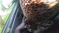 Мужик лижет волосатую письку толстой писущий бабе видео